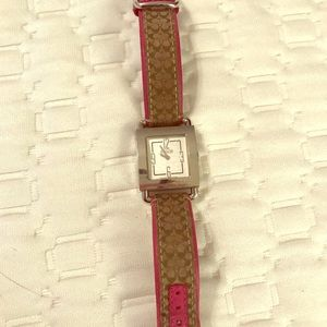 Coach Women's Classic Signature Logo Strap Watch